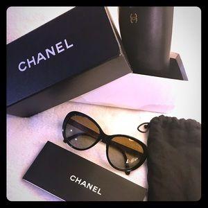 Large frame CHANEL sunglasses